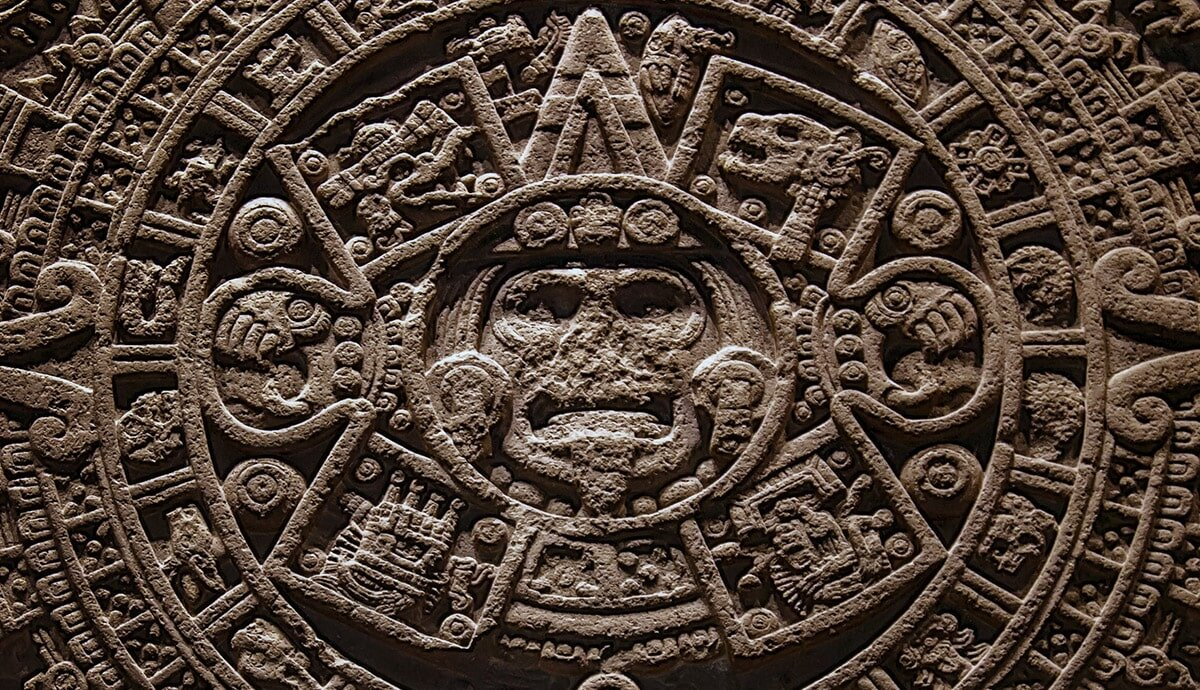 aztec-calendar-representing-the-cycles-of-humanity-in-search-for-self-gnosis